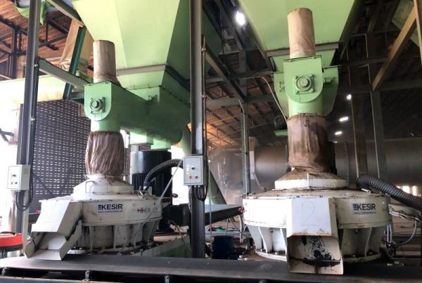 Hard Wood Pellet Mill